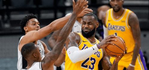 Лос-Анджелес Лейкерс – Шарлотт Хорнетс: прогноз на матч за 19 марта