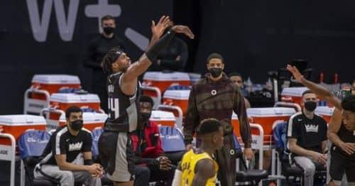 Сакраменто Кингз – Лос-Анджелес Лейкерс: прогноз на матч за 3 апреля